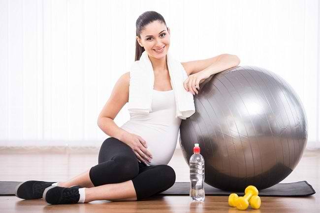 Alasan Ibu Hamil Rajin Berolahraga Dapat Melahirkan Bayi Pintar